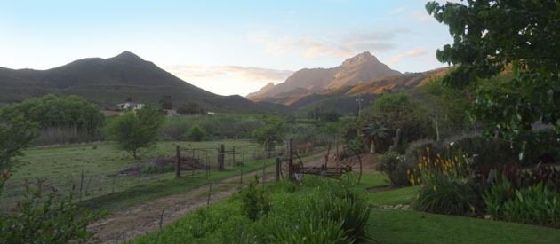 LADISMITH COUNTRY HOUSE, LADISMITH (7km)